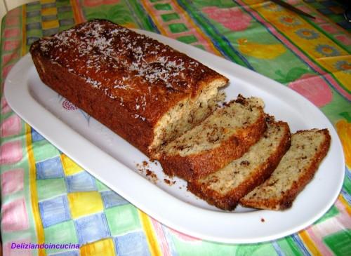 Plum cake cocco e cioccolato