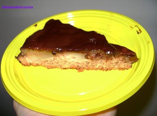 Torta glassata pere e cioccolato